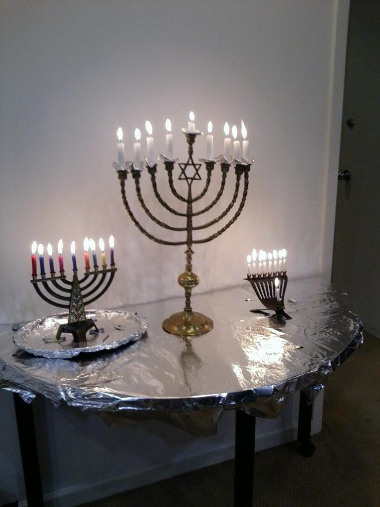 Light The Hanukkah Candles With Us Central Synagogue Of Chicago December 10 @ 7:00 PM - 7:30 PM